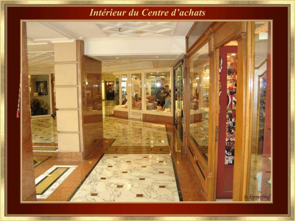 Intérieur du Centre d'achats