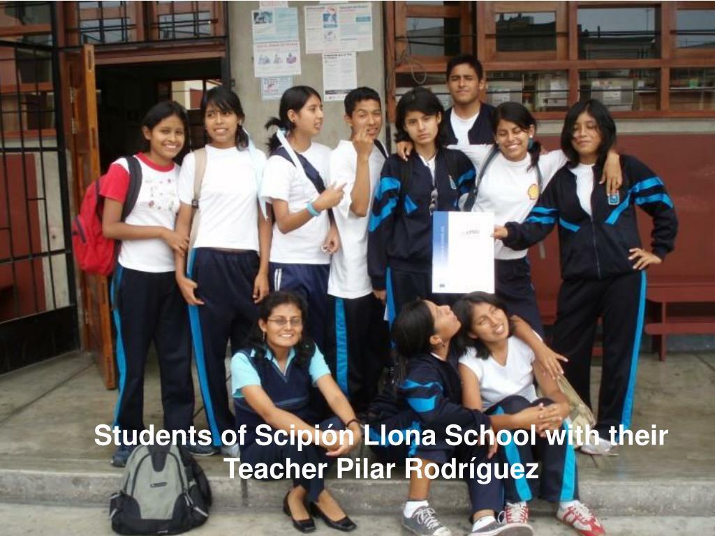 Students of Scipión Llona School with their Teacher Pilar Rodríguez