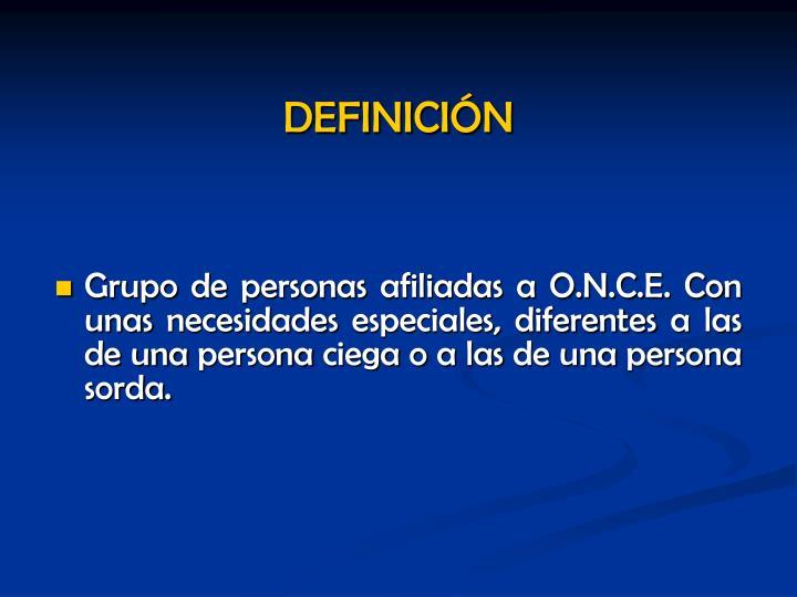 Grupo de personas afiliadas a O.N.C.E. Con unas necesidades especiales, diferentes a las de una persona ciega o a las de una persona sorda.