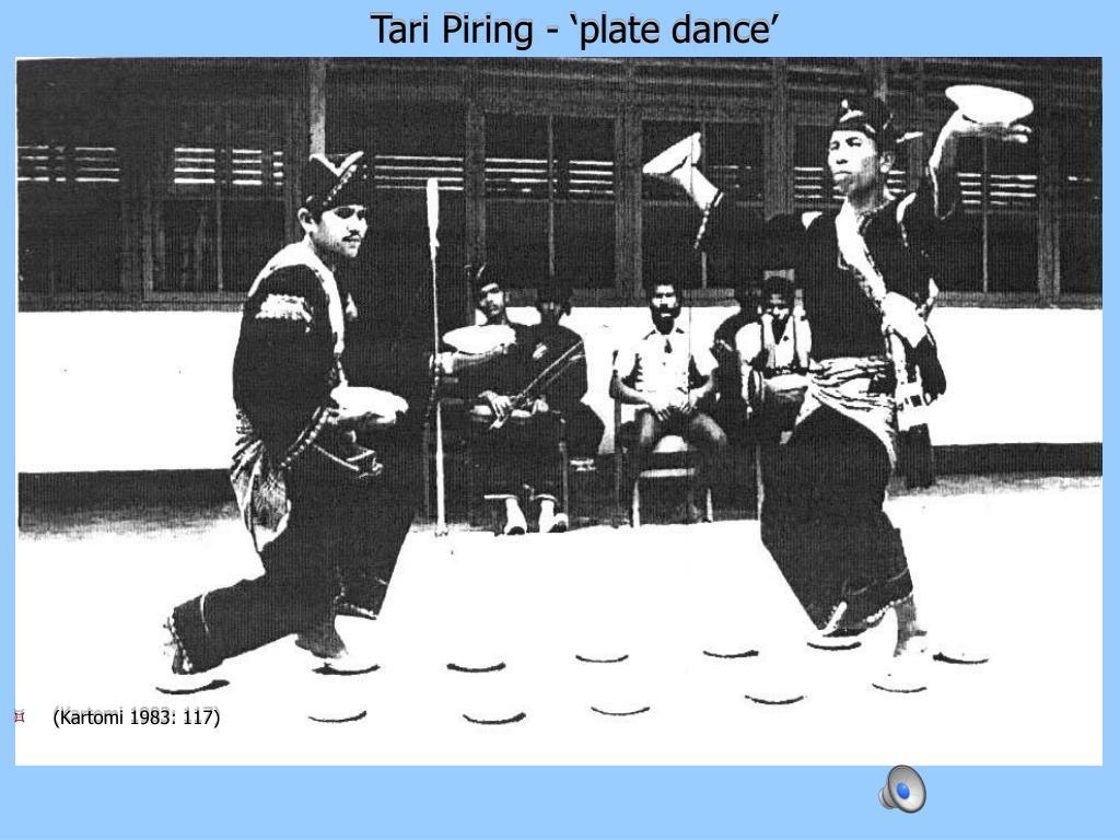 Tari Piring - 'plate dance'