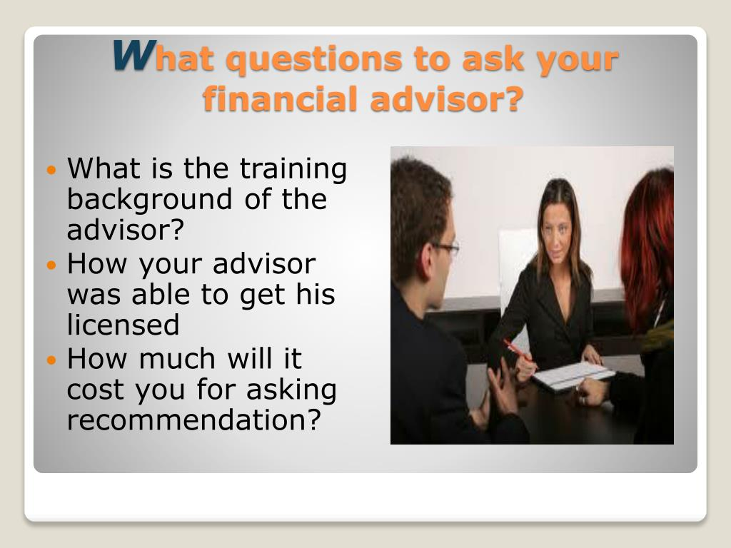 What is the training background of the advisor?
