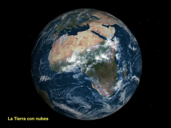 La Tierra con nubes