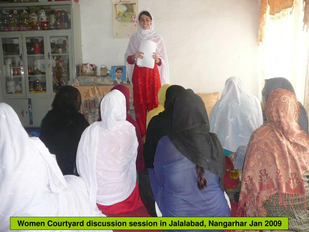 Women Courtyard discussion session in Jalalabad, Nangarhar Jan 2009