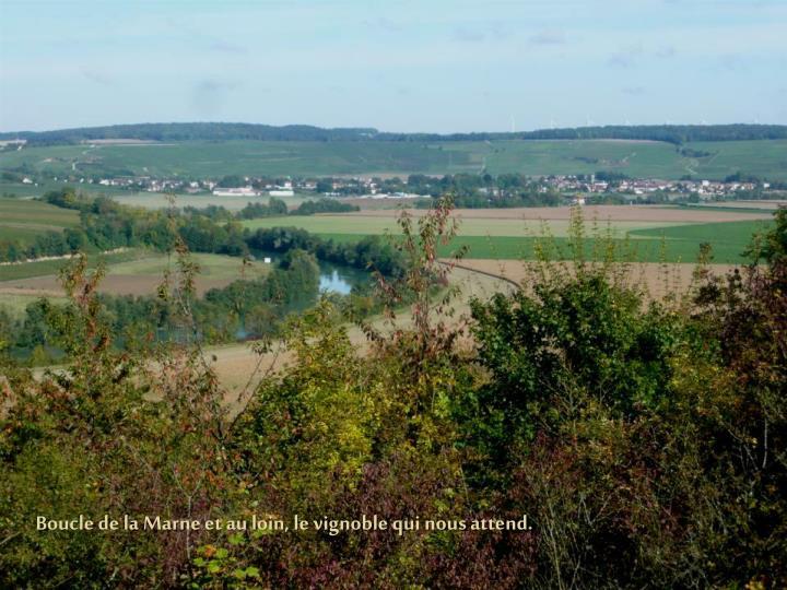Boucle de la Marne et au loin, le vignoble qui nous attend.