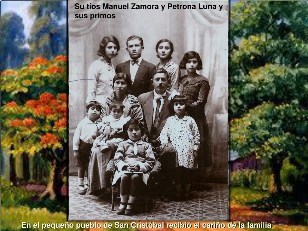 Su tíos Manuel Zamora y Petrona Luna y sus primos