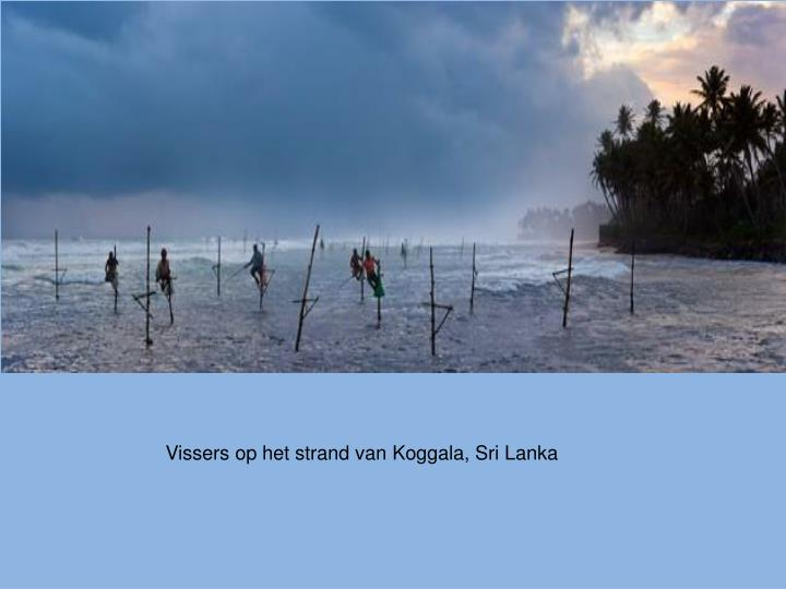 Vissers op het strand van Koggala, Sri Lanka