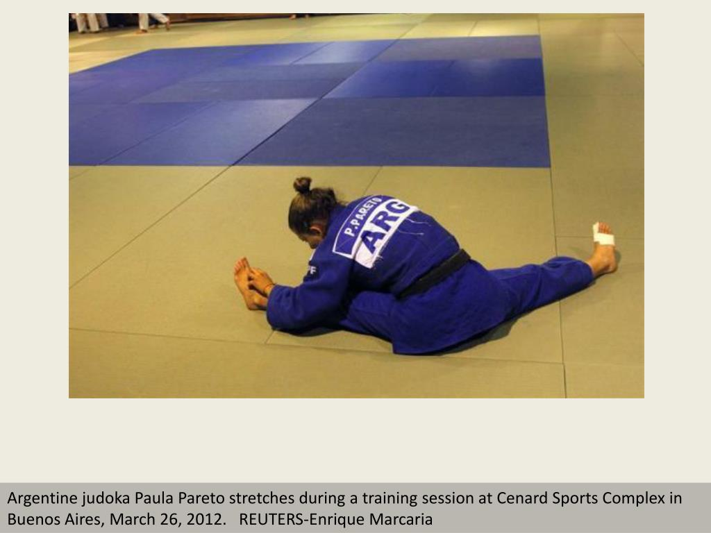 Argentine judoka Paula Pareto stretches during a training session at Cenard Sports Complex in Buenos Aires, March 26, 2012.   REUTERS-Enrique Marcaria