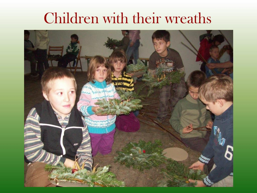 Children with their wreaths