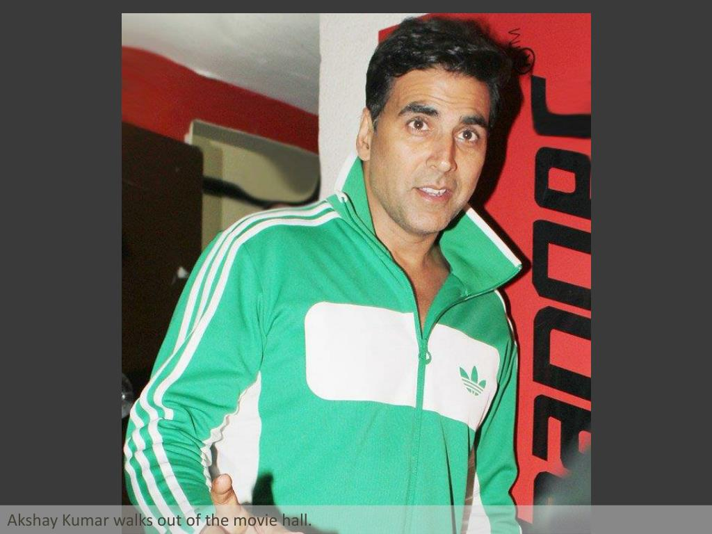 Akshay Kumar walks out of the movie hall.