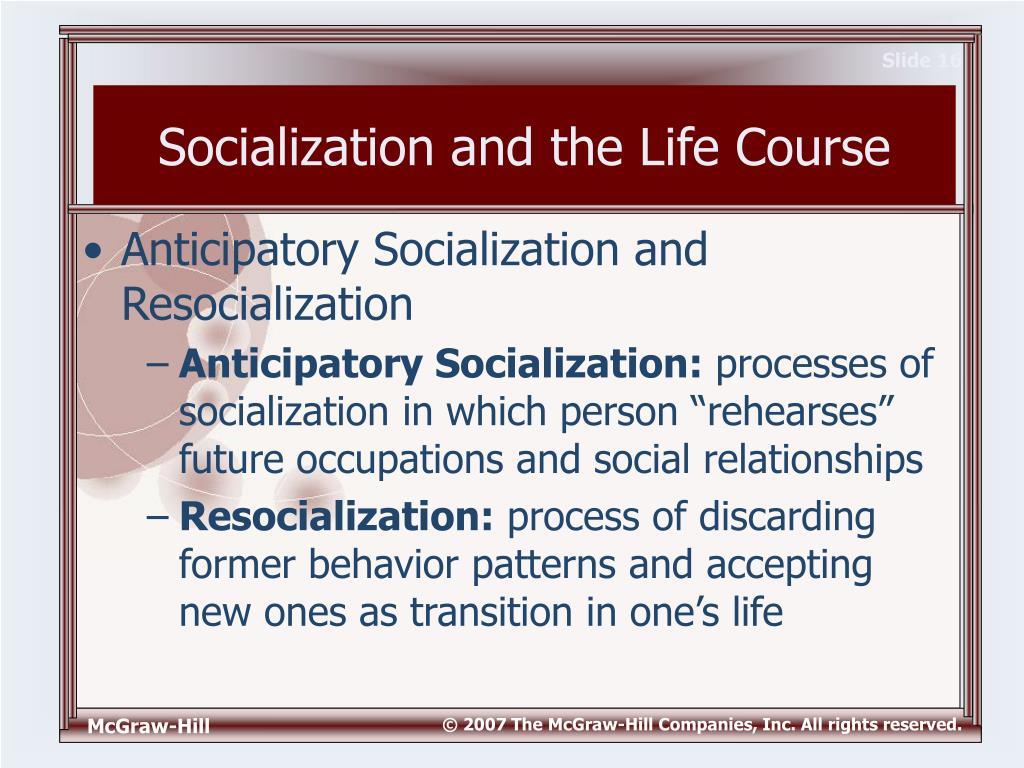 Anticipatory socialization refers to