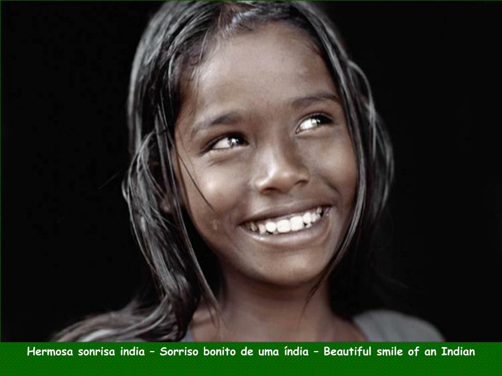 Hermosa sonrisa india – Sorriso bonito de uma índia – Beautiful smile of an Indian