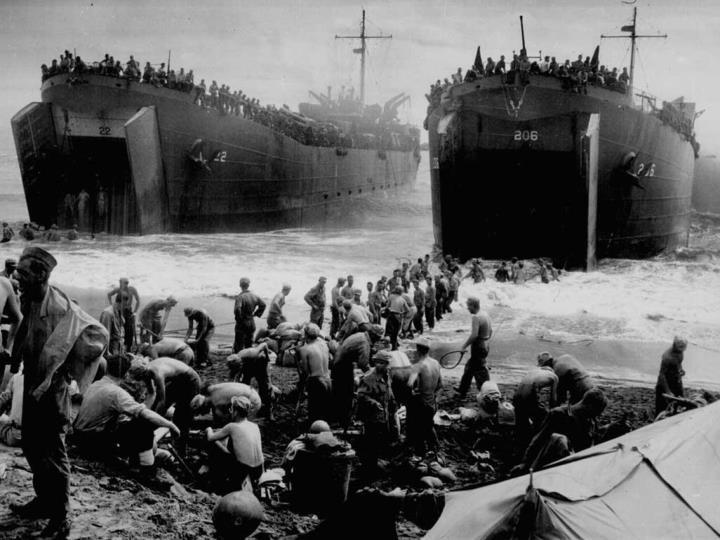 Les forces franaises libres participent au dbarquement des allis le 6 juin 1944 en Normandie.