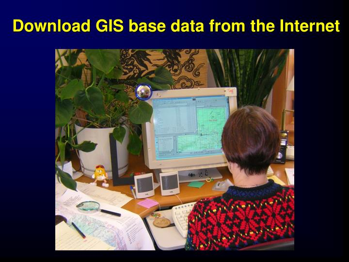 Download GIS base data from the Internet