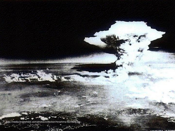 http://media.brajeshwar.com/photos/collection/hiroshima-bombing.jpg