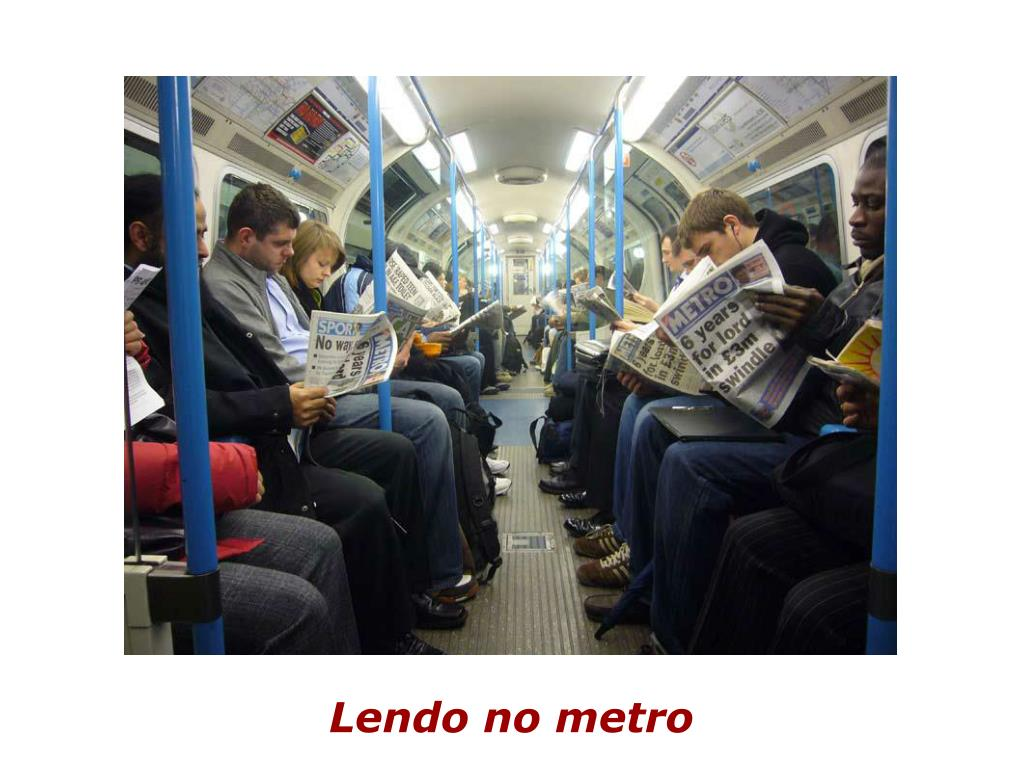 Lendo no metro