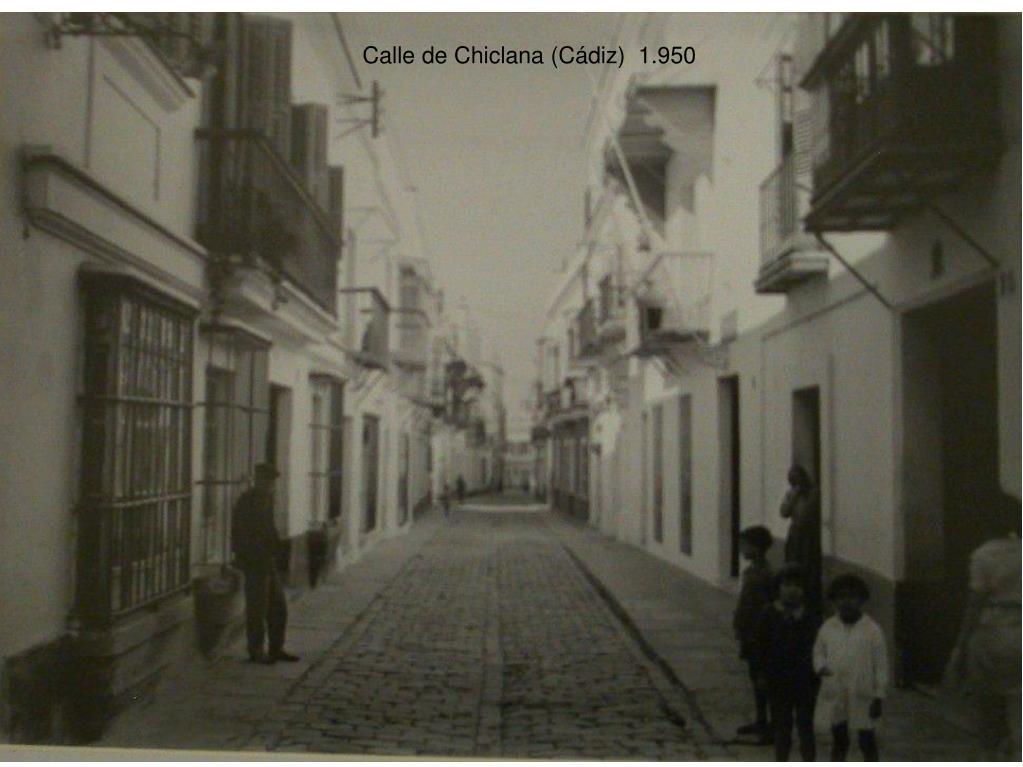 Calle de Chiclana (Cádiz)  1.950