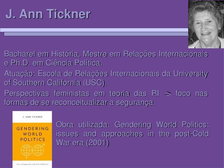 Bacharel em História, Mestre em Relações Internacionais e Ph.D. em Ciência Política.