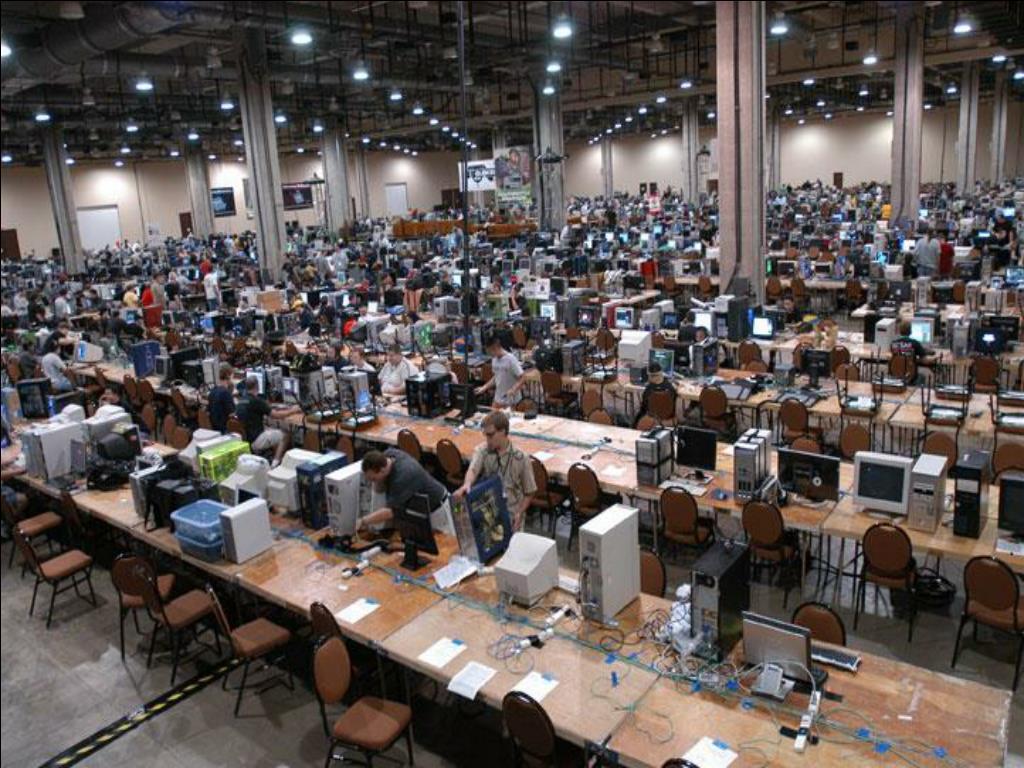 QuakeCon 2005 LAN Party: