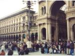 the piazza del duome and the entrance to galleria vittorio emanuele