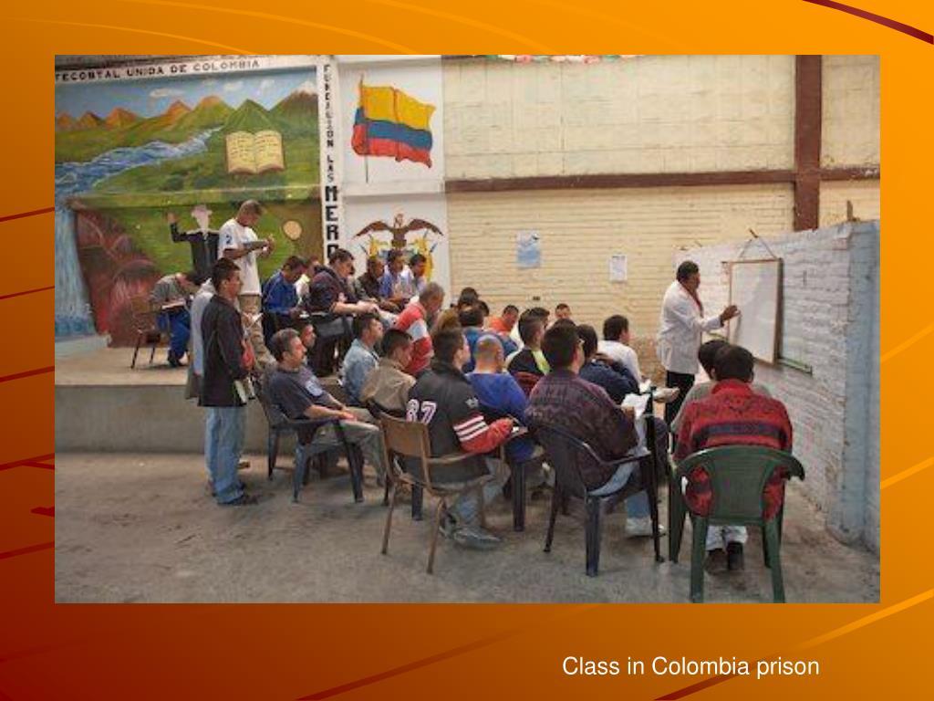 Class in Colombia prison