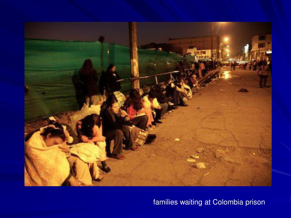families waiting at Colombia prison