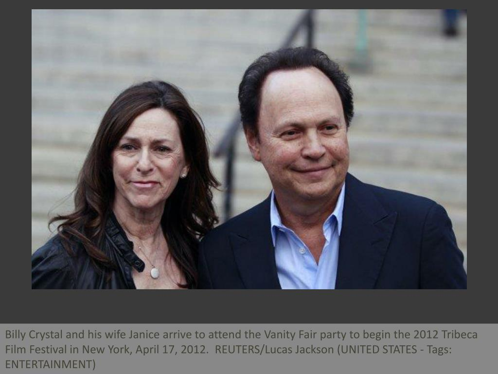 Billy Crystal and his wife Janice arrive to attend the Vanity Fair party to begin the 2012 Tribeca Film Festival in New York, April 17, 2012.  REUTERS/Lucas Jackson (UNITED STATES - Tags: ENTERTAINMENT)