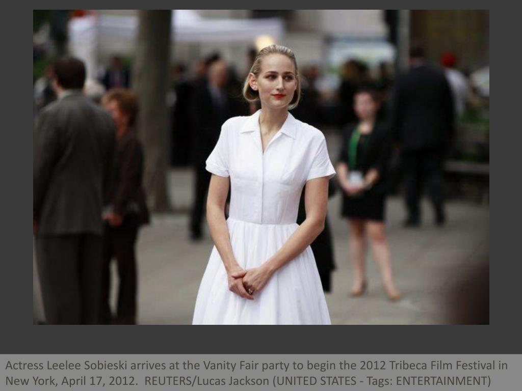 Actress Leelee Sobieski arrives at the Vanity Fair party to begin the 2012 Tribeca Film Festival in New York, April 17, 2012.  REUTERS/Lucas Jackson (UNITED STATES - Tags: ENTERTAINMENT)