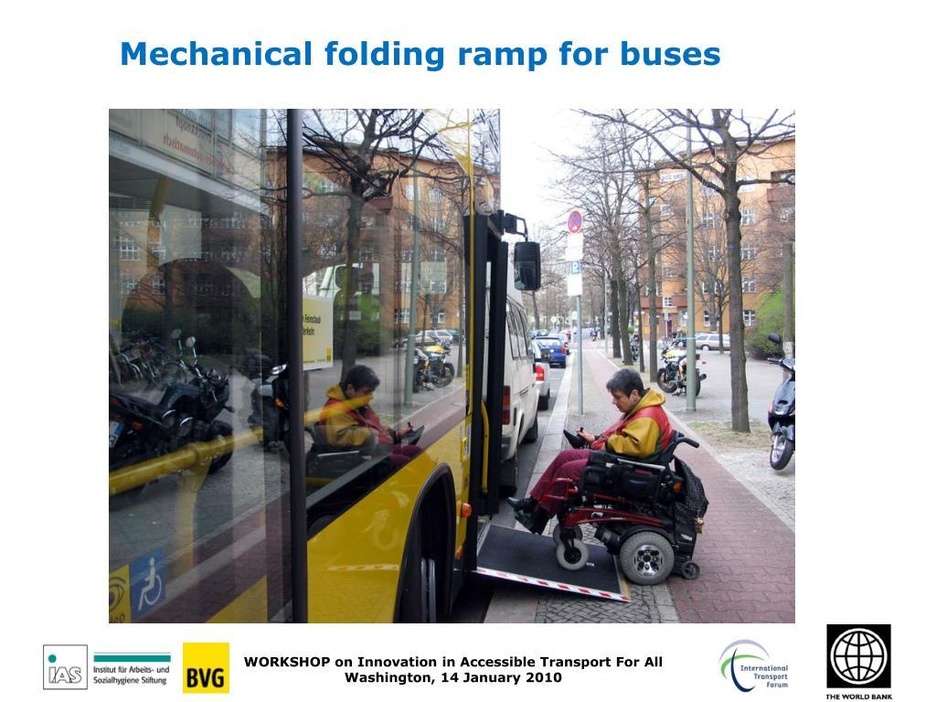 Mechanical folding ramp for buses